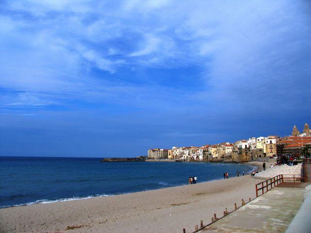 der Strand von Cefal&ugrave